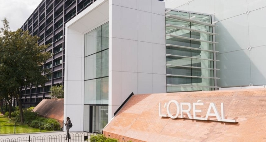 Who will take the helm at L'Oréal? Speculation grows over Agon's successor as Perakis-Valat promoted