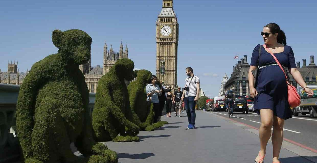 The Body Shop transforms London's Westminster Bridge to raise awareness for Bio-Bridges