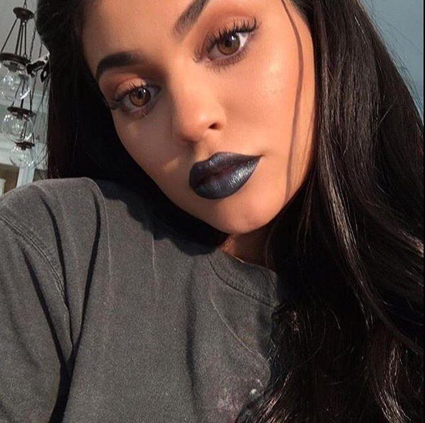 Kylie Jenner promotes new lip kit shade on Snapchat