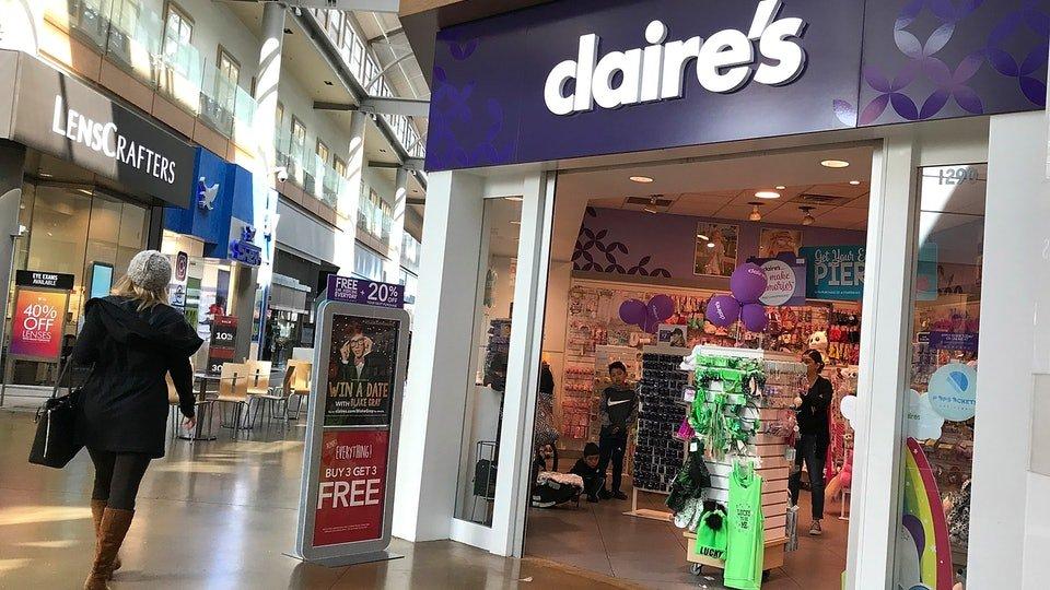 Claire's Stores asbestos safety scare triggers FDA call to update cosmetics regulation