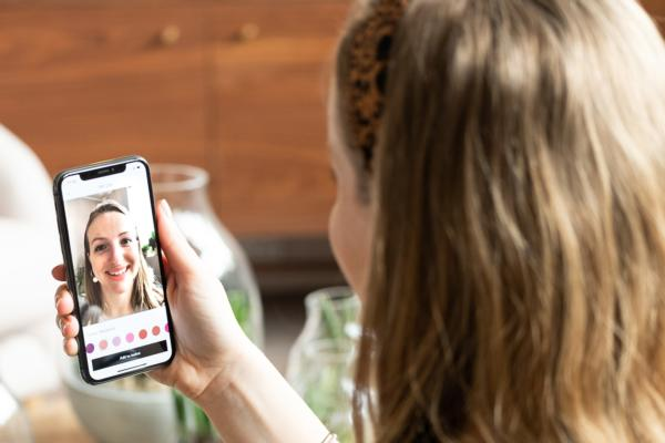 UK retailer John Lewis launches VR lipstick try-before-you-buy app feature